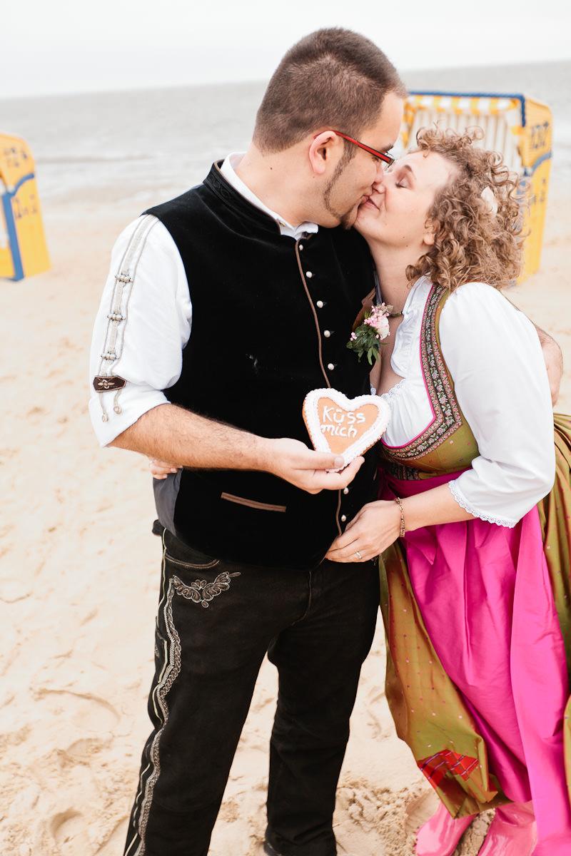 Meike und Erik - Alpenrand küsst Nordseestrand