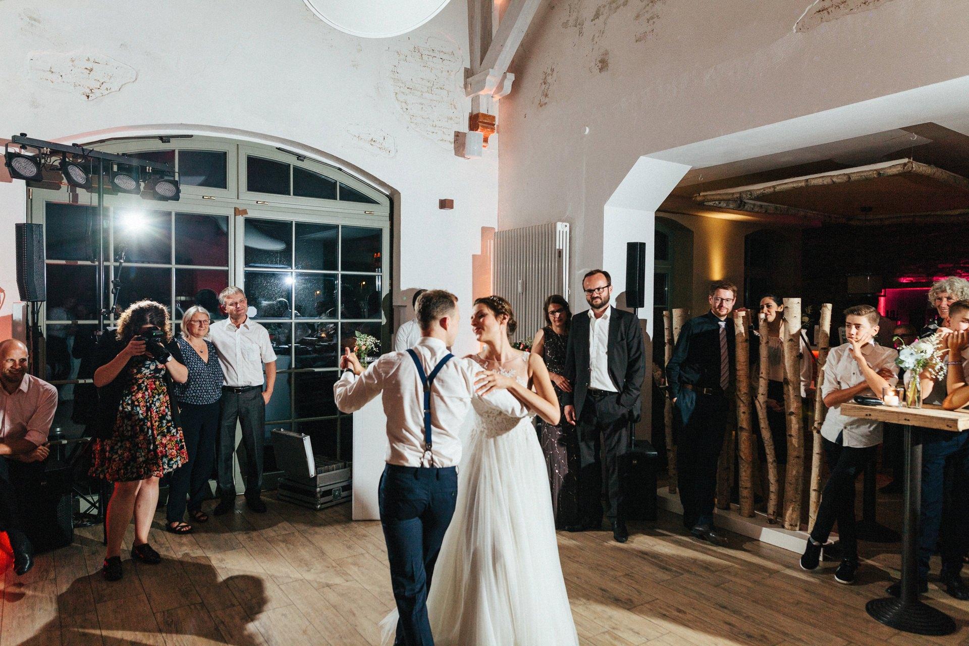 Scheunenhochzeit Bei Bremen Linsensch Eu Hochzeitsfotografie