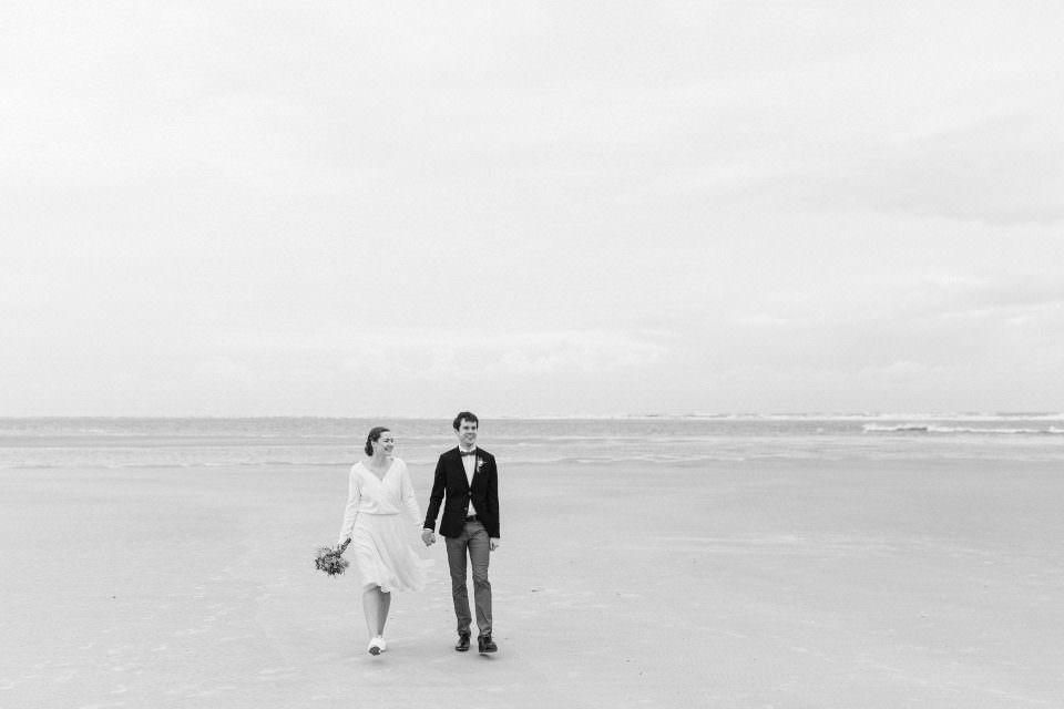 Minimalistische Hochzeitsfotos am Strand - Langeoog